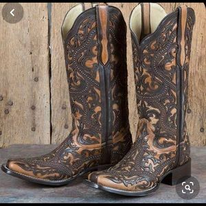 Coral inlay boots